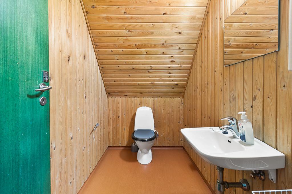 13-Toilet